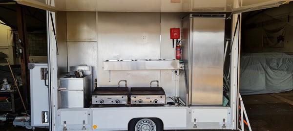 Towability Marketeer, Braked Catering Trailer