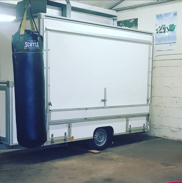Towability Marketeer catering trailer