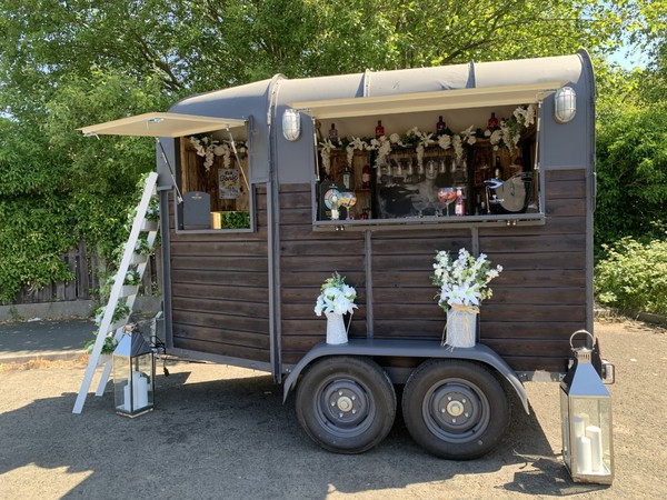 Horse box bar trailer for sale