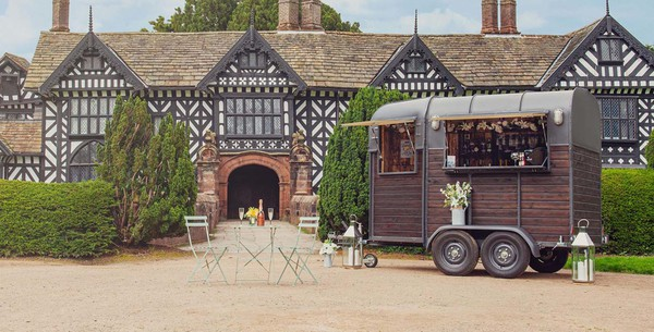 Wedding horse box bar
