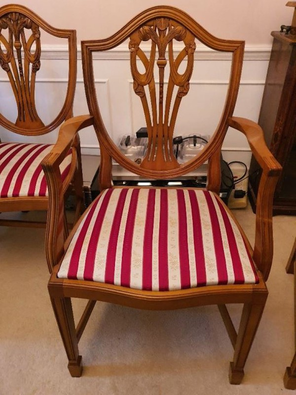 Prince of Wales Design Chairs with arms