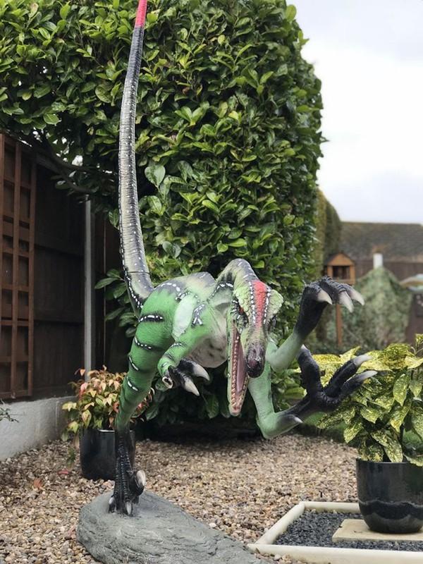 Large Dinosaur Props