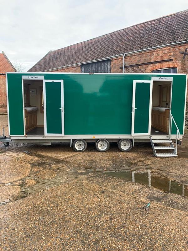 Luxury Toilet 3+1 - Norwich, Norfolk 15