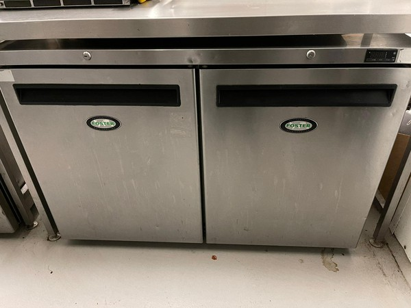 Secondhand foster fridge for sale
