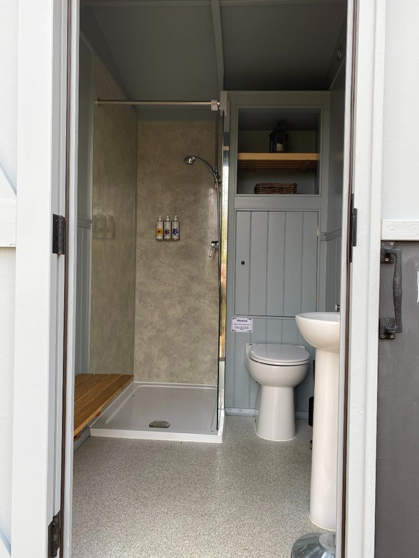 Glamping shower toilet bathroom