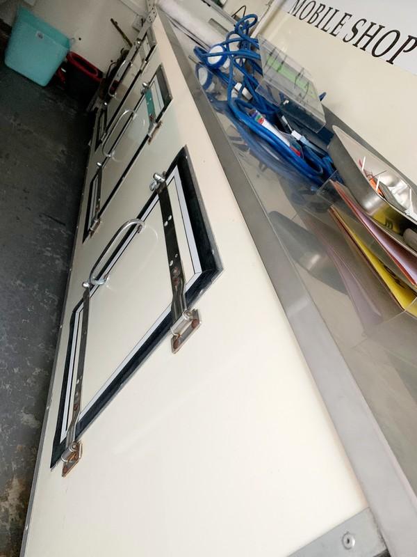 Meat / fish fridges