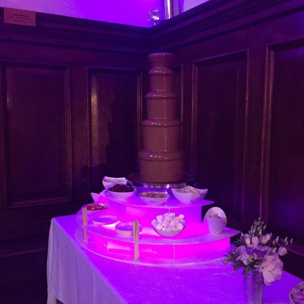 "Saphra CF Chocolate fountains 44"" tall"