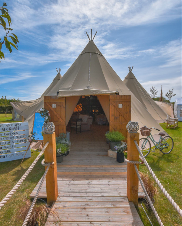 Secondhand tipi for sale