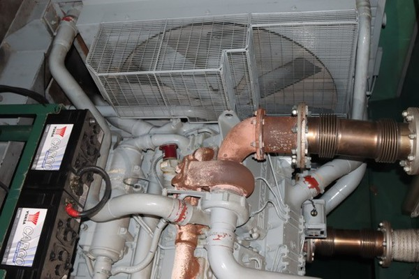 Dale 700kVA Synch Generator workings