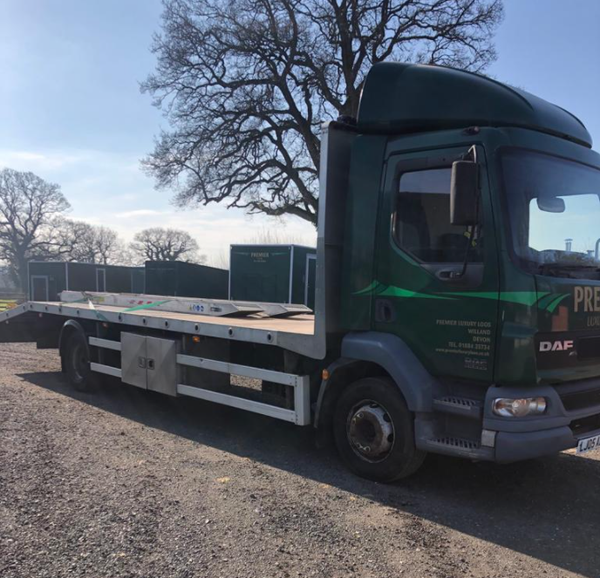 DAF 55220 13T fat bed beaver tail truck