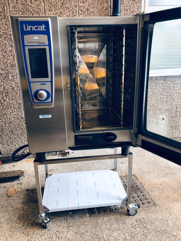 Reconditioned Lincat SCCWE101E 10 Grid Combi Oven - 3 Phase Electric