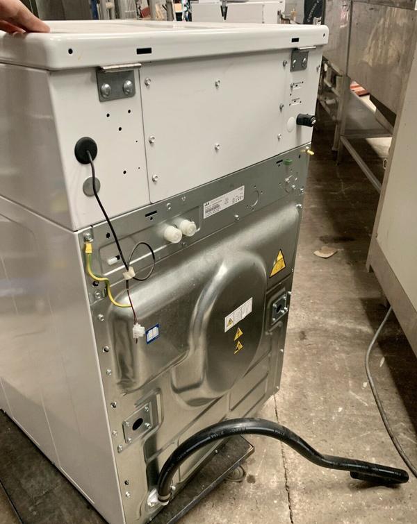 JLA 98 Commercial Washing Machine Smart Technology Light Use - West Sussex 4