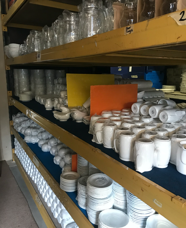 Catering hire crockery