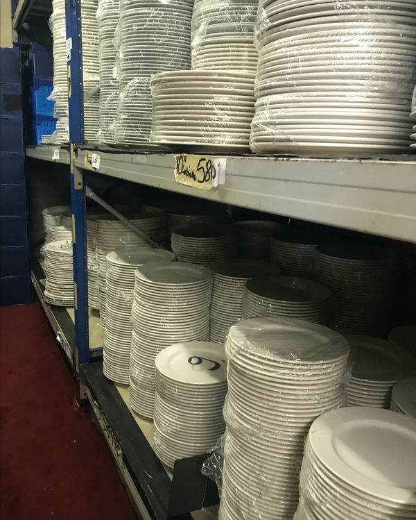 Catering hire plates