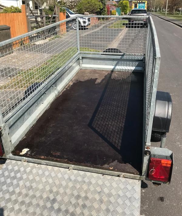 Flat Bed Indespension cage trailer