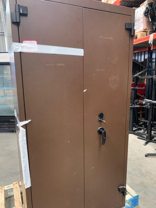 Large storage safe