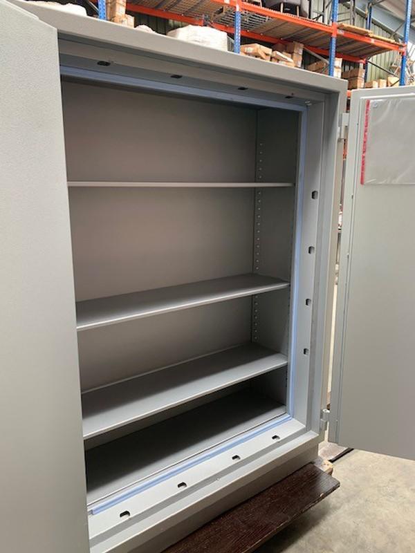 Large locker / cupboard safe