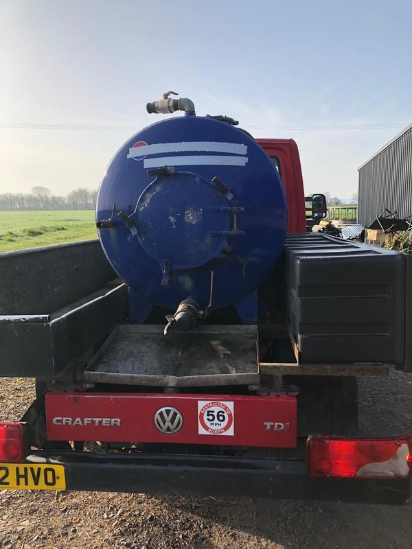 Toilet service van / Vacuum tanker