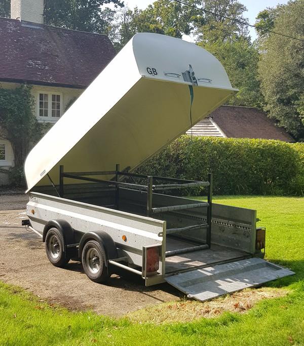 Flip trailer