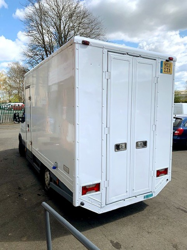 3.5T Catering truck for sale