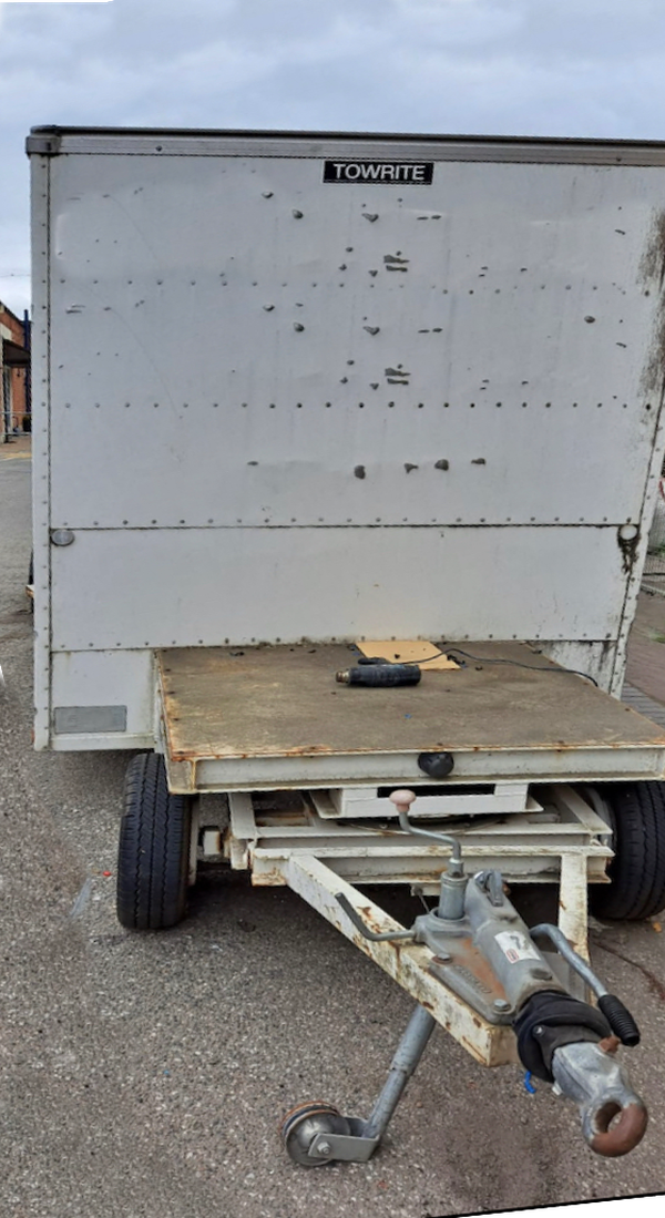 Towright step frame box trailer for sale