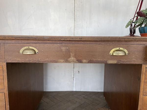 Wooden Desk Central Drawer