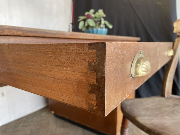 Dovetailed Joints on drawer