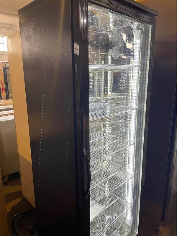 Secondhand upright fridge