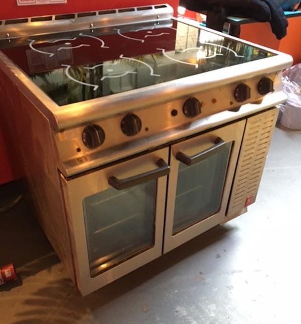 Used Falcon Dominator E3913i Induction Top Oven Range