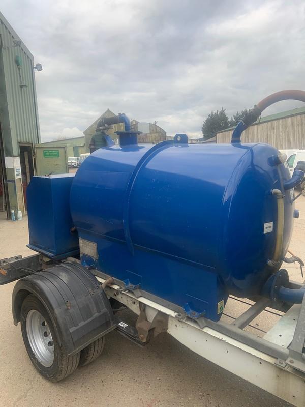 Rapide Vacuum tank 180 / 100
