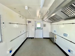 Temporary kitchen Jack leg cabin