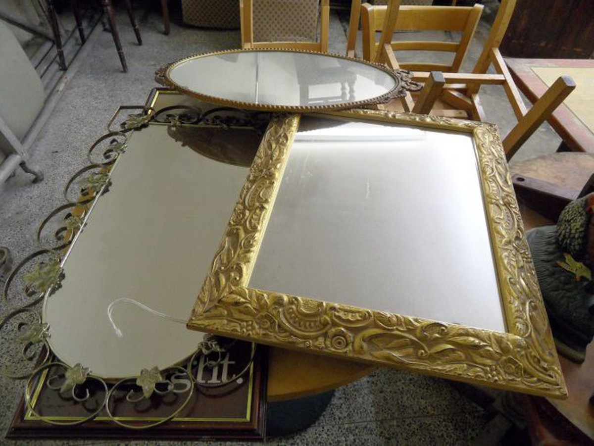 Secondhand Pub Equipment Ornamental And Decorative Medium And Large Sized Mirrors Liverpool Merseyside
