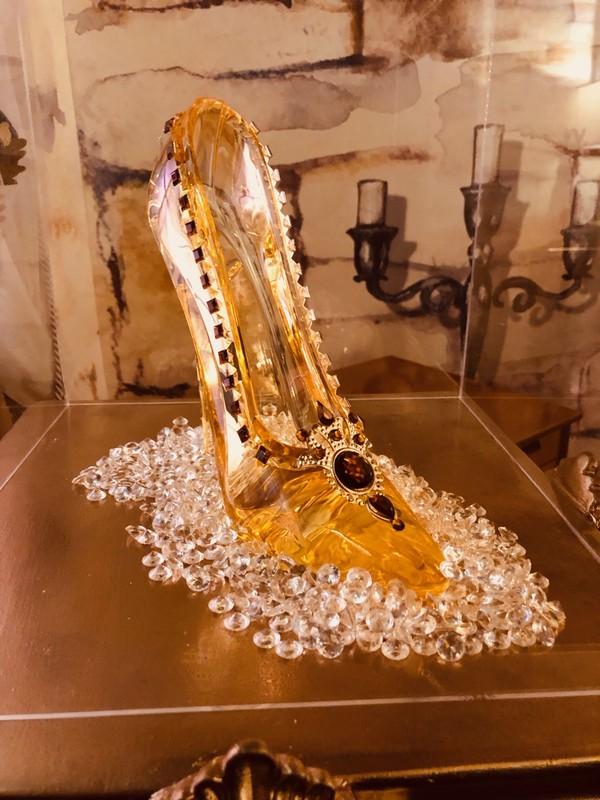 Cinderella crystal shoe