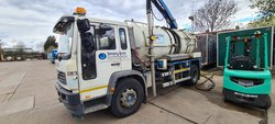 Volvo Vacuum tanker and gully arm