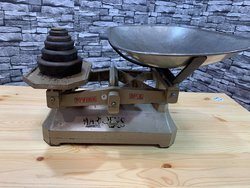 C.W. Brecknell Vintage Brass Shop Kitchen Scales with Weights - Nottinghamshire