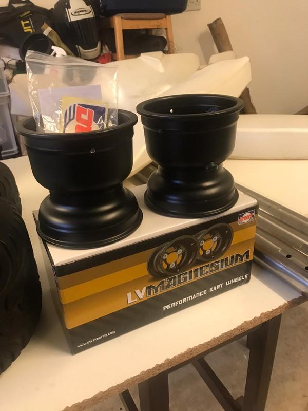 Black Douglas Magnesium Wheels
