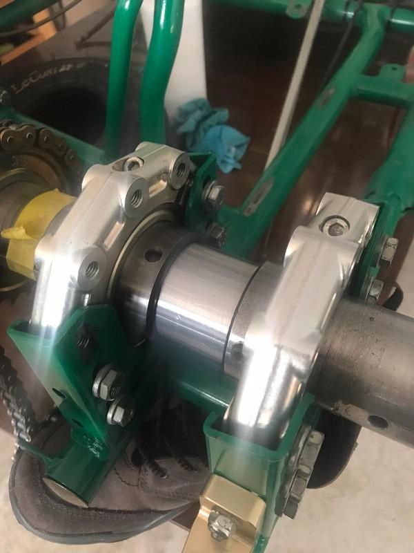 Tony Kart Axle / brakes