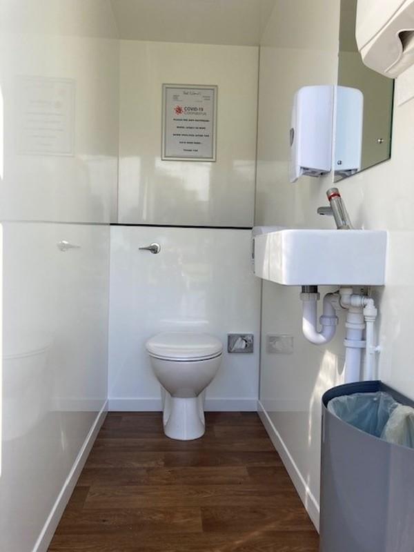 Toilet trailer for sale