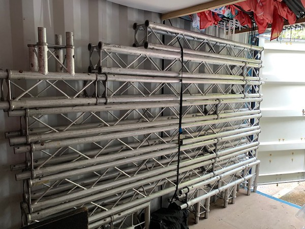 Astralite truss used as a gantry