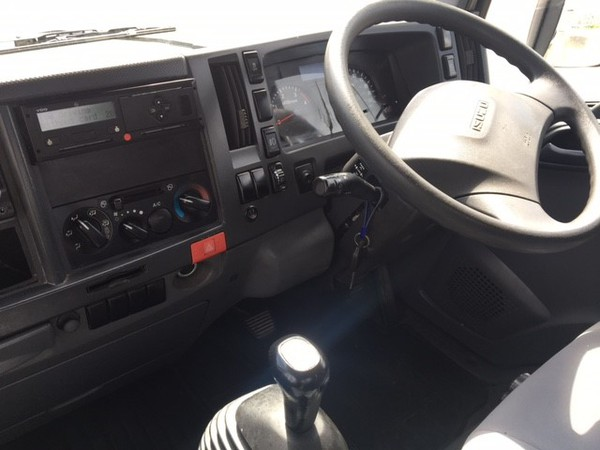 Isuzu NQR Cab