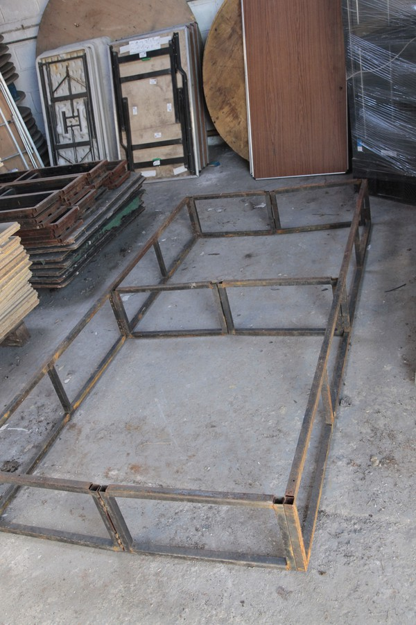 8Ft x 4ft x 1Ft stage frames folding