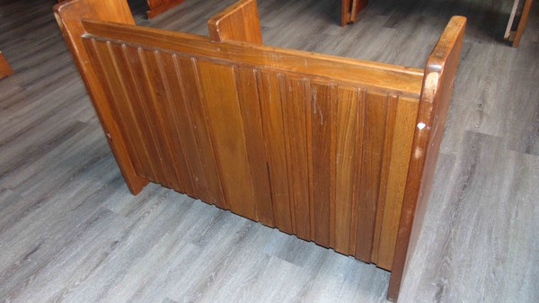 Used pews for sale