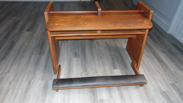 Secondhand oak seating