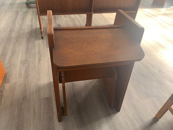 Secondhand solid oak seats for sale