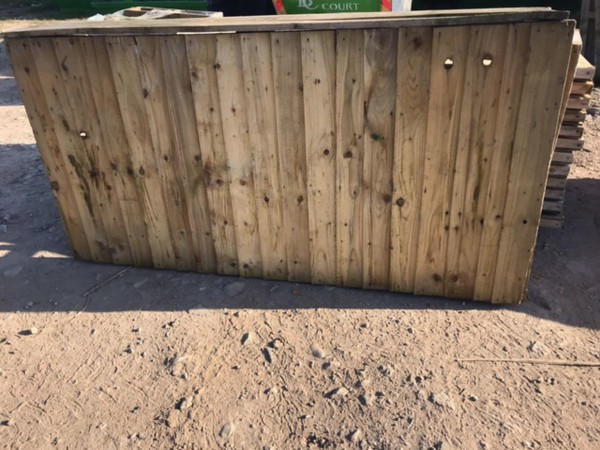 Portable bar counter wood