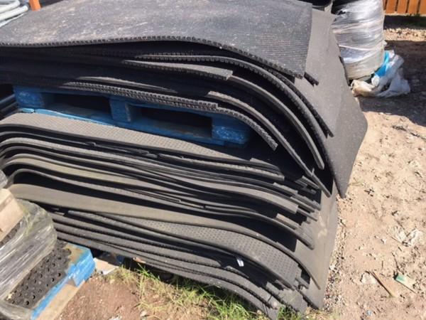 Secondhand rubber matting