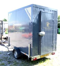 Light weight fridge trailer