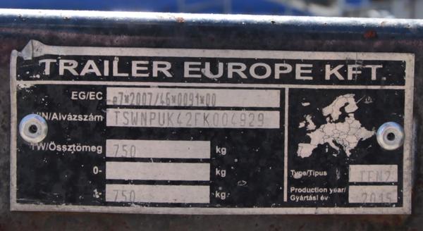 Trailer VIN plate