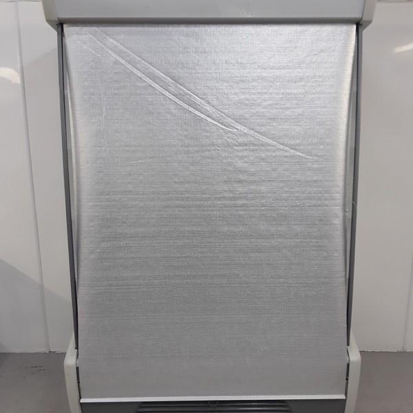 Night blinds multi deck fridge