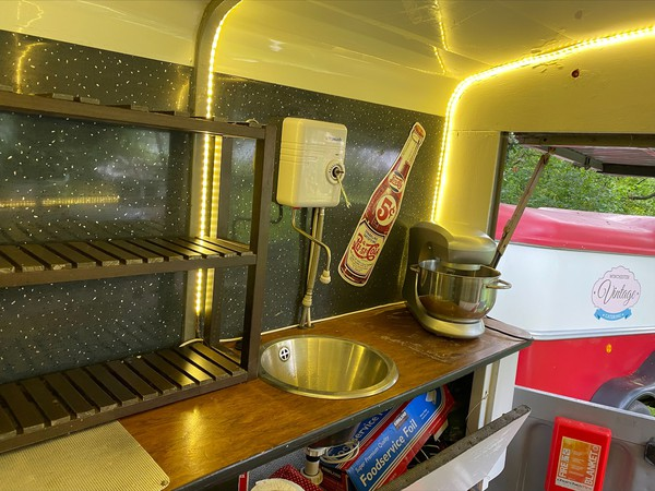 HY Street Food Truck Fully Equipped And Ready To Go - Southampton , Hampshire 9